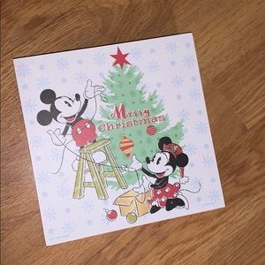 NEW Disney Mickey and Minnie Christmas Wall Decor